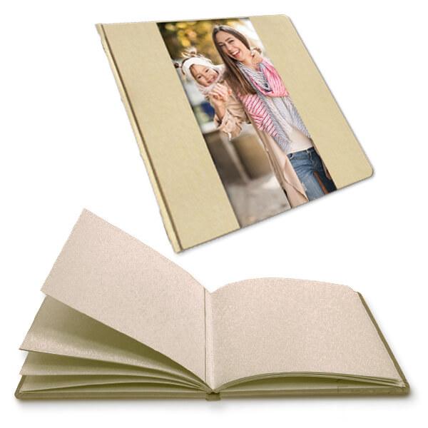 Albumy dziecięce z indywidualną okładką w postaci zdjęcia dziecka, motyw rodzina