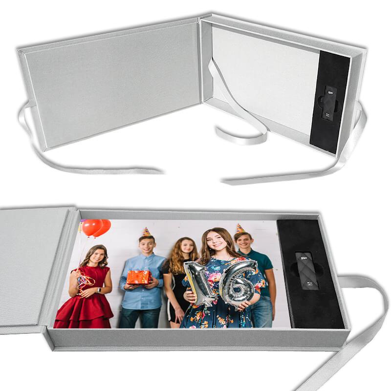 Pudełko na zdjęcia z miejscem na pendrive - motyw młodzieżowy